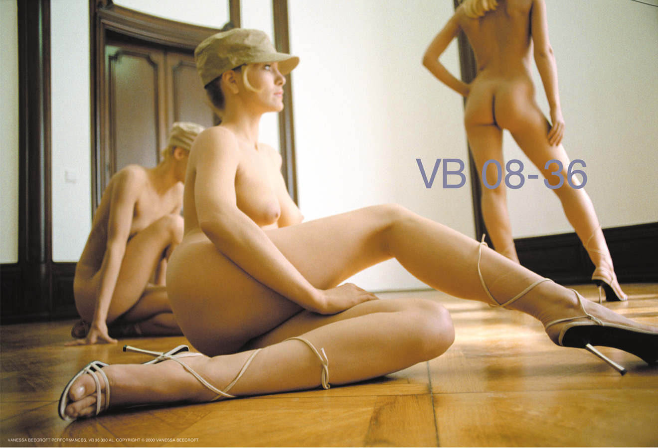 Vanessa Beecroft - VB 08-36