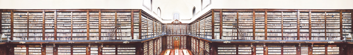 Candida Höfer - Shelves